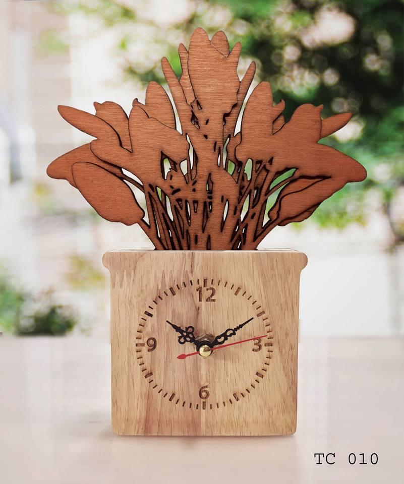 ของฝากที่ระลึก ตั้งโต๊ะทำงาน นาฬิกากระถางไม้ แบบจำลอง ต้นกล้วยพัด