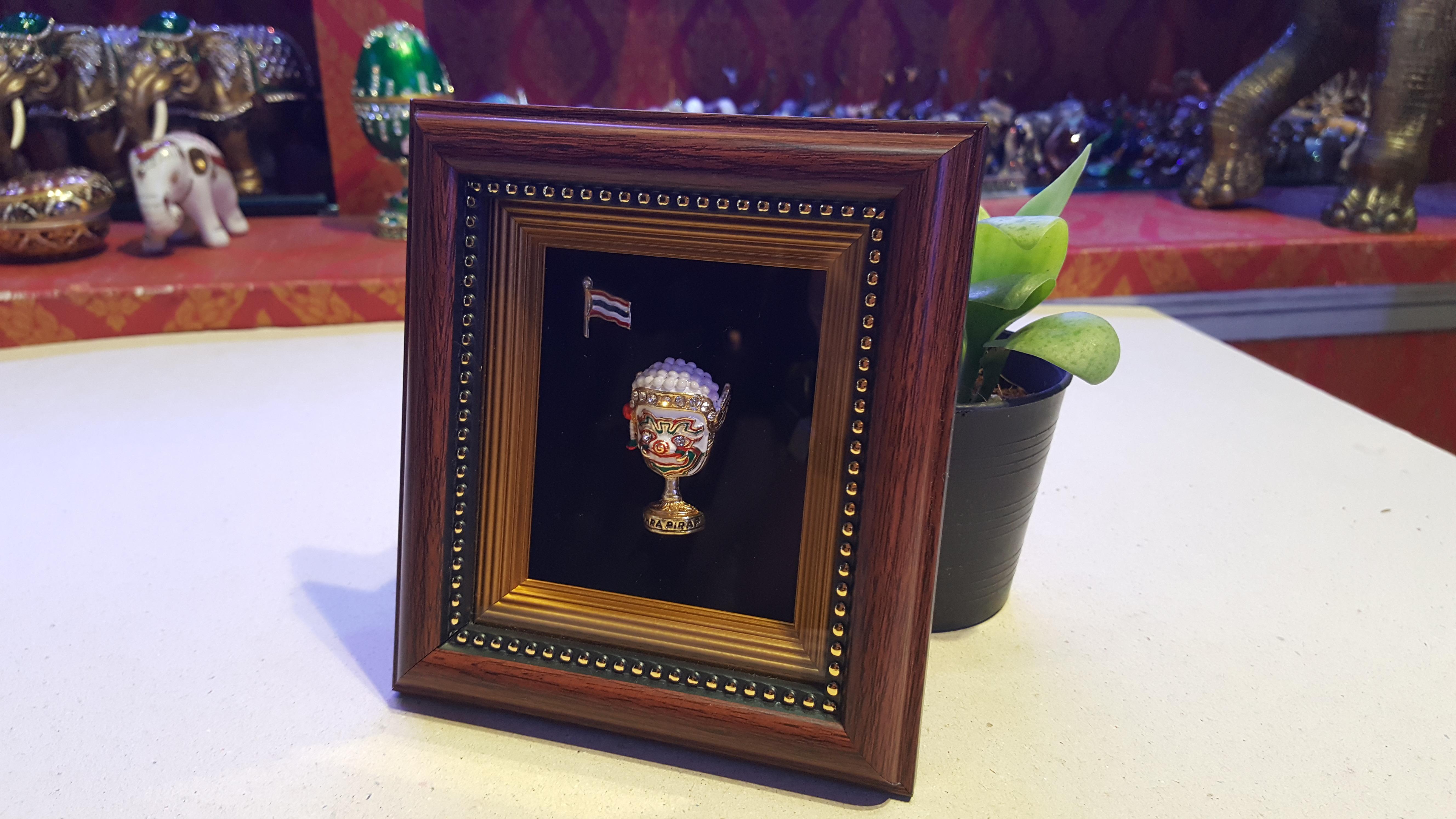 กรอบรูปสวยงาม กรอบรูปเอกลักษณ์ไทย เป็นงานหัตถศิลป์ งานแฮนเมด
