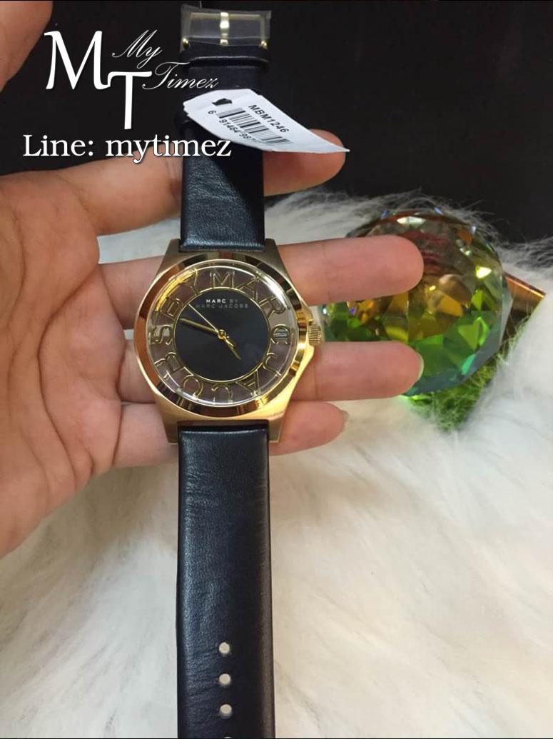 นาฬิกาข้อมือ MARC BY MARC Henry Black Cut-out Dial Gold Ion-Plated Ladies MBM1246