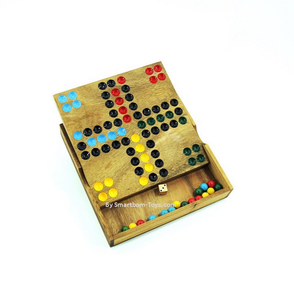 เกมส์ Ludo หรือ Ludo Wooden Board Game เกมส์ไม้แนวเกมส์แข่งขัน