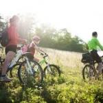 พาเด็กๆออกมาปั่นจักรยาน คุณพ่อคุณแม่ต้องเตรียมความพร้อมอย่างไรบ้าง