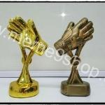 ถ้วยรางวัลมือเหล็กและมือทอง