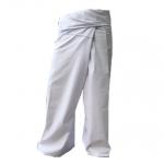 กางเกงขาก๊วยขาว หรือกางเกงเลขายาว สวมใส่สบายเป็นชุดโยคะและสปา