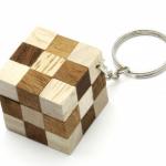 พวงกุญแจเกมส์ไม้ เกมส์เต๋างูแบบสลับสี ของเล่นไม้ ของที่ระลึก